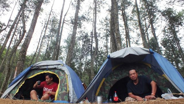 Suasana kamping di Desa Gunungsari, Kecamatan Tlogowungu. (istimewa)