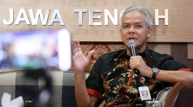Gubernur Jawa Tengah Ganjar Pranowo saat dialog bersama Ombudsman di kantor Persatuan Wartawan Indonesia (PWI), Semarang, Rabu (14/8/2019) (Dok. Humas Pemerintah Provinsi Jawa Tengah)